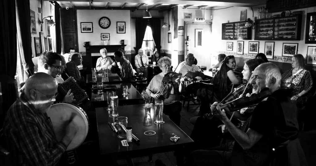 Folk Session at the Gas Lamp